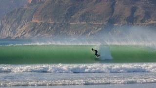 サーファーの旦那さんがいる家庭必見!!旦那さんにサーフィンは朝行かせてあげてください。