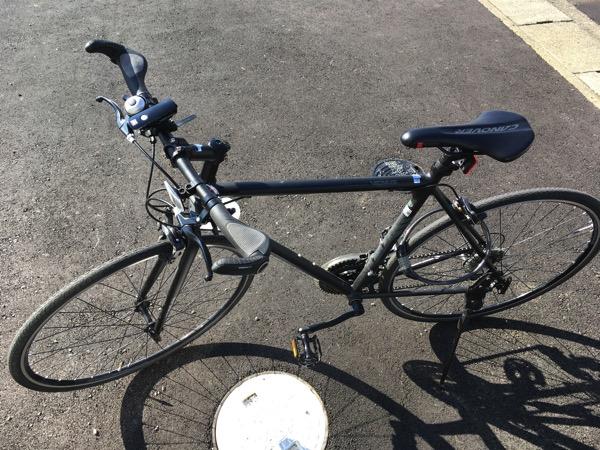 クロスバイクCANOVER(カノーバー) は通勤を劇的に楽にし、少し未来への楽しみを与えてくれた。