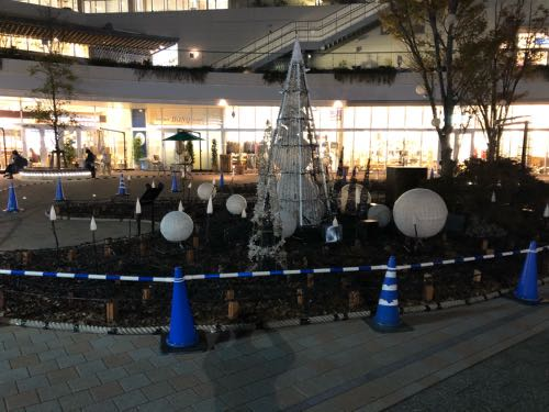 テラスモール湘南の冬のイルミネーションが始まります。17万球のLEDがクリスマスまで点灯。