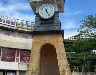 鎌倉駅西口広場の時計台前が整備が終わって新しくなりました。
